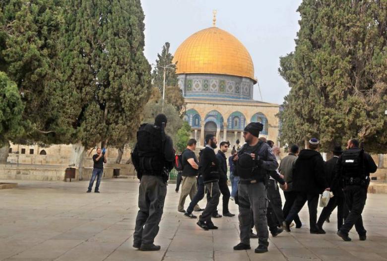 جماعات يهودية تدعو لاقتحامات واسعة بالأقصى غدًا