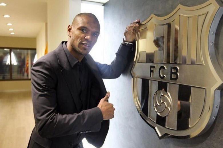 أبيدال يقتحم السباق الفرنسي من أجل مستقبل برشلونة