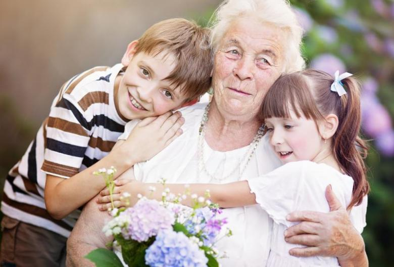 ماذا قالت الجدات عن أسماء الأولاد؟