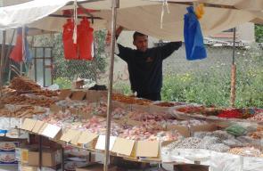 أسواق غزة تشهد ركودا بفعل أزمة الرواتب