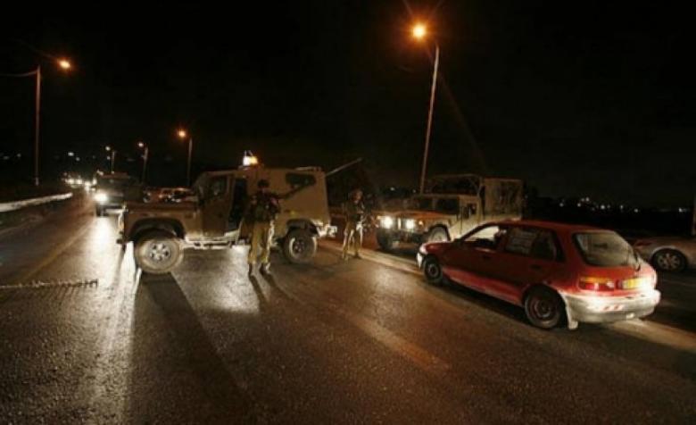 الاحتلال يطلق النار على سيارة قرب أريحا