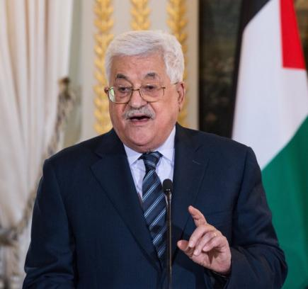 عباس يعلن فرض عقوبات جديدة على قطاع غزة ويتهم حماس بتفجير موكب الحمد الله