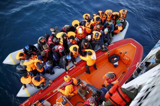 إنقاذ 222 مهاجرا قبالة سواحل تركيا