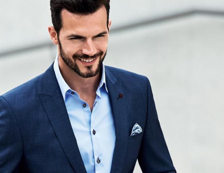قواعد ارتداء البدلة دون ربطة عنق