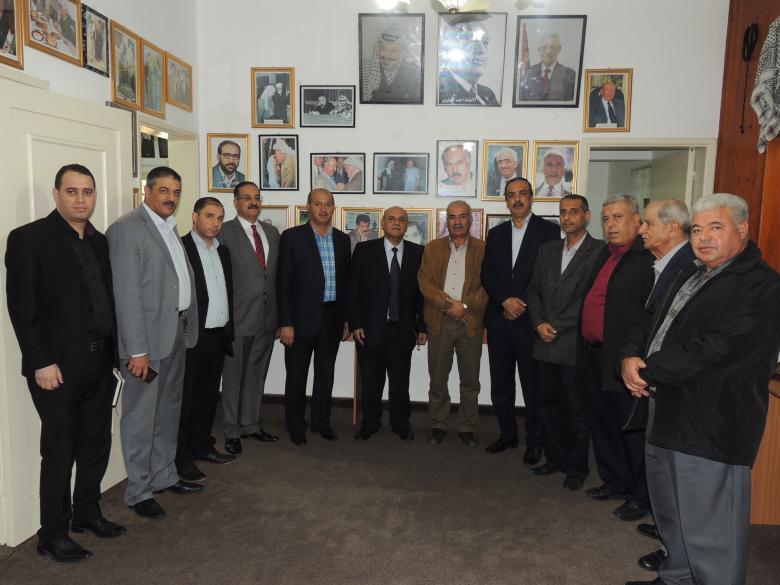وفد من جمعية رجال الأعمال يزور منزل الشهيد الرئيس ياسر عرفات بغزة