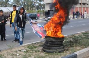 حرق صور الرئيس الأمريكي ترمب بمليونية القدس