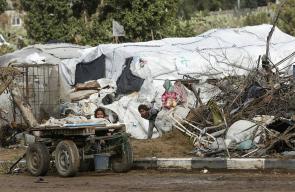 معاناة اللاجئين الذين يتلقوا خدمات الأونروا بغزة