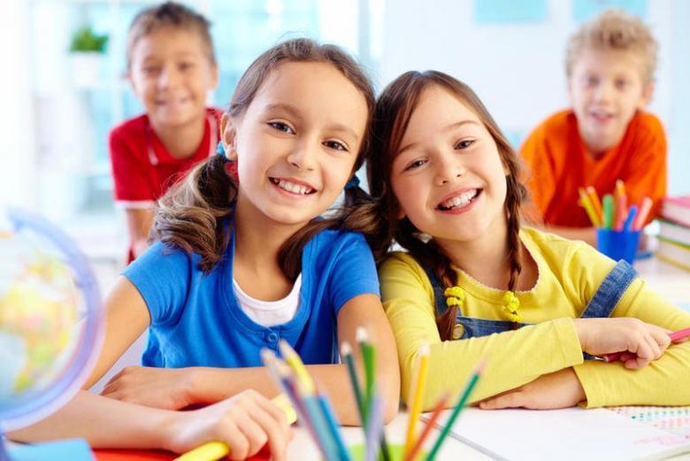كيف تساعدين طفلك ليصبح شخصية متوازنة؟