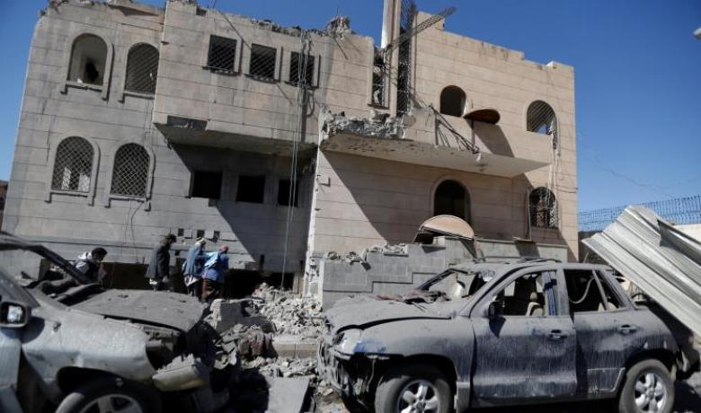 مقتل وإصابة العشرات بغارات للتحالف بصنعاء