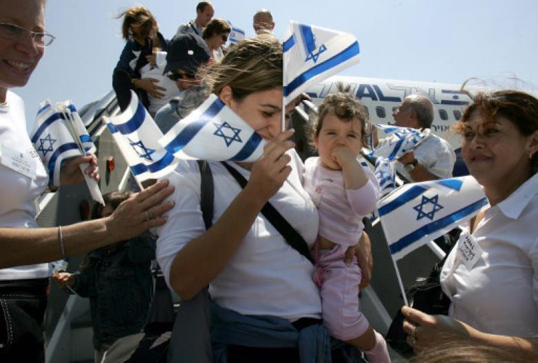 """إحصائية في معدلات هجرة اليهود من وإلى """"إسرائيل"""""""