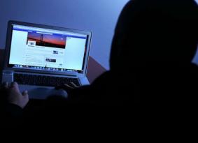 جروبات التواصل الاجتماعي .. بداية الهلاك