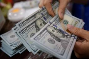 العمادي يعلن صرف مساعدات نقدية لـ 60 ألف أسرة فقيرة