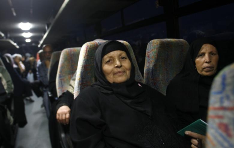 قرار بوقف زيارات أهالي الضفة لأسرى من غزة
