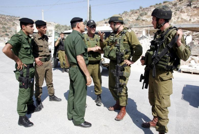 """""""مونيتور"""": السلطة تستأنف التنسيق الأمني مع الاحتلال"""