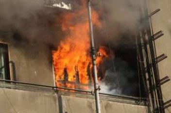 سعودي يحرق فندقًا ليقتل زوجته