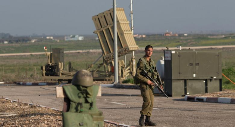 خبير إسرائيلي: القبة الحديدية سلاح وهمي لا يعترض شيئًا