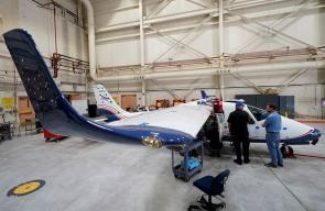 ناسا تكشف عن أول طائرة كهربائية لها