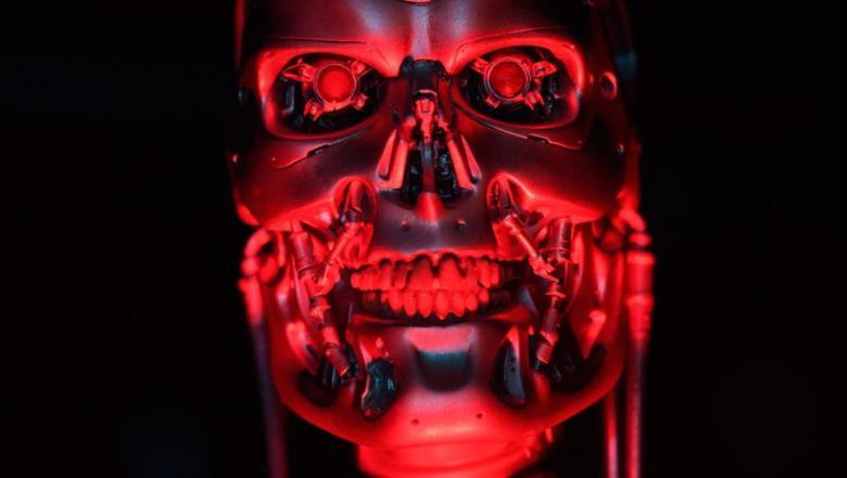 أثارت الفزع من سيطرة الروبوتات.. تطوير آلات تأكل وتتطور وتموت