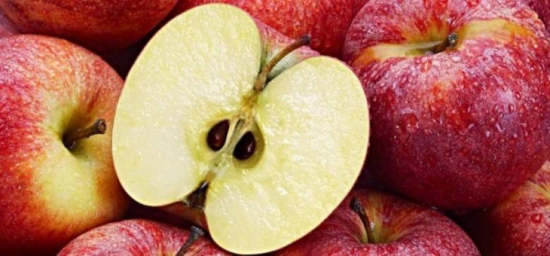 هل تبتلعون بذور التفاح؟ احذروها فهي قاتلة