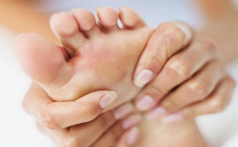 تجنب آلام قدميك في خطوات بسيطة