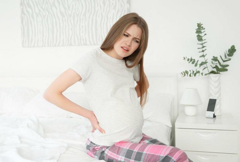 أسباب وعلاج الشد العضلي أثناء الحمل