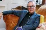 من بائع دبابيس إلى أحد أكبر مصممي أزياء الرجال في بريطانيا