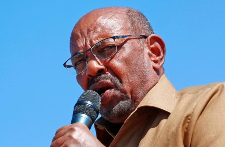 صحيفة سودانية تكشف تفاصيل اللحظات الأخيرة لحكم البشير