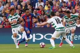 """""""أس"""" تسخر من ركلتي جزاء برشلونة أمام إيبار"""