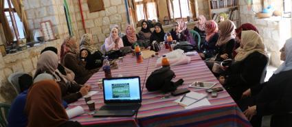أنشطة منوعة للمنتديات الخضراء النسوية بالضفة