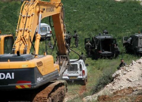 الاحتلال يجرف عشرات الدونمات ويقتلع مئات الأشجار في جنين
