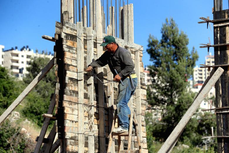 إصابة 7 عمال في حوادث بناء في مدينة جنين