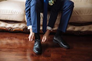 بين الاختيار وموعد الاستبدال.. أخطاء عند اختيار الحذاء تؤذي قدميك