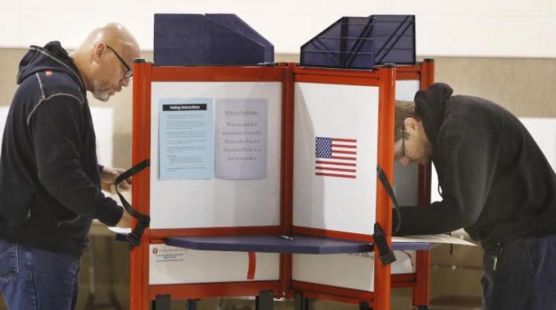 انتخاب امرأتين من أصول مسلمة في واشنطن