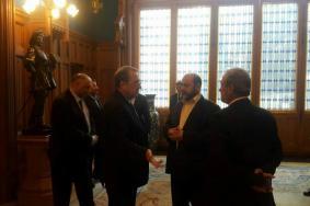 وفد برئاسة أبو مرزوق يختتم زيارة إلى روسيا
