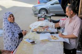 الكنافة والقطايف.. حلويات تلازم موائد الإفطار بمصر
