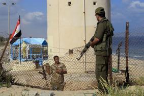 الحكومة بغزة تشدد إجراءاتها الأمنية على الحدود مع مصر