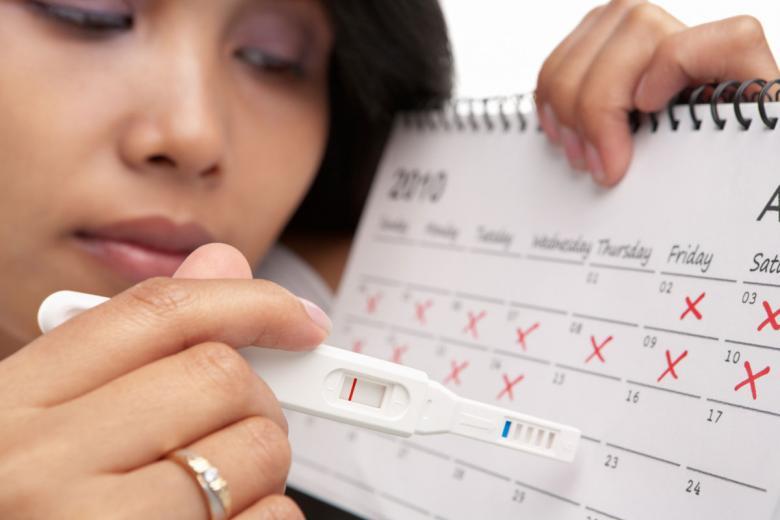 انقطاع الدورة الشهريّة بعد الولادة.. ما أسبابه؟