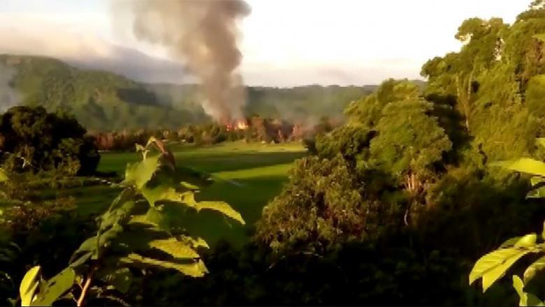 تواصل إحراق منازل مسلمي الروهنغيا