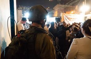 الاحتلال يعتقل 10 ويصادر سلاحًا بالضفة