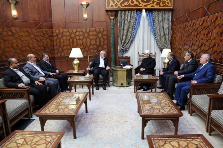 """وفد """"حماس"""" يلتقي شيخ الأزهر في القاهرة"""