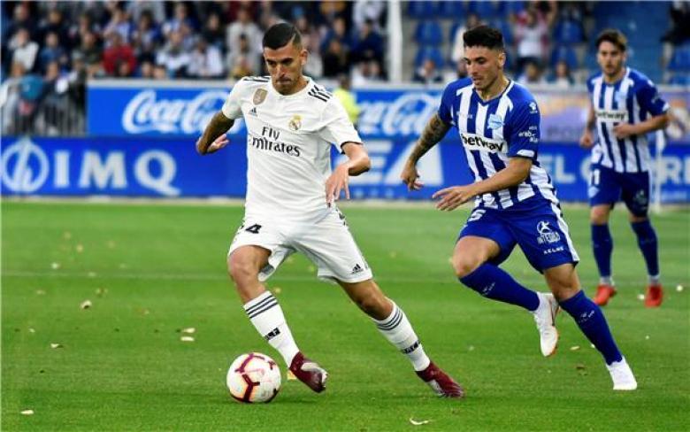 ريال مدريد يسقط بطعنة قاتلة في ألافيس