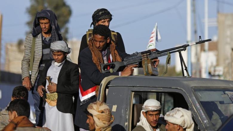أكثر من 50 قتيلا وجريحا بمعارك استعادة الحوثيين مواقع في نهم شرق صنعاء