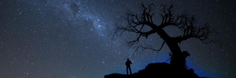 لماذا يستثير المساء مشاعرنا المجروحة وذكرياتنا الحزينة؟