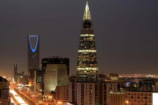 السعودية تبدأ باعتماد التقويم الميلادي بدل الهجري