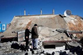 الاحتلال يهدم منزل عائلة أبو حميد في مخيم الأمعري بنابلس