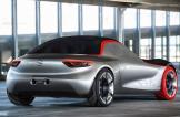 شركة أوبل GT تعرض سيارتها البارعة لعام 2016