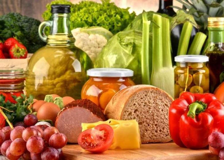 6 أطعمة تخفض ضغط الدم.. احذرها