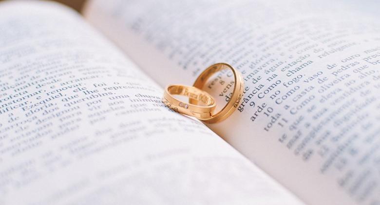 نهاية مؤلمة لفتاة أذلت خطيبها بسبب خاتم الزواج