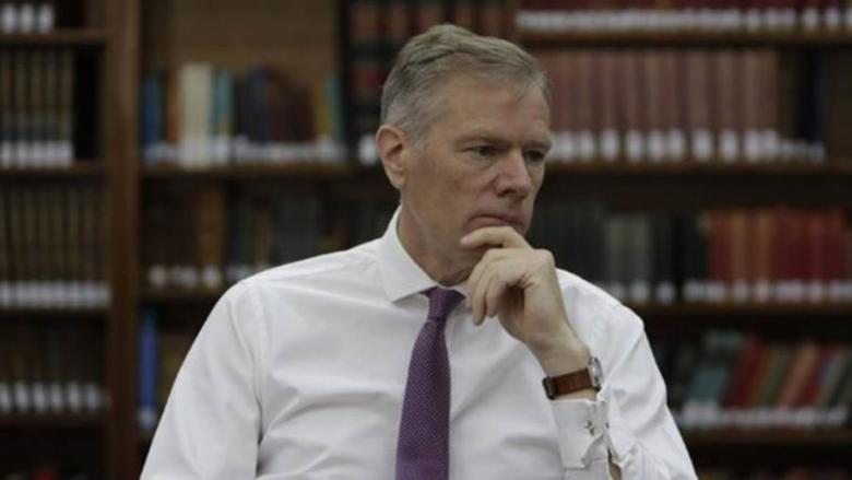 احتجاز سفير بريطانيا لدى طهران لساعات