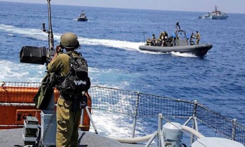 مركز: يطالب بوقف انتهاكات الاحتلال بحق صيادي غزة
